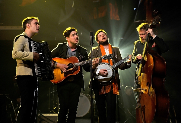 Mumford and Sons perform at the MusiCares Person Of The Year event honoring Bruce Springsteen